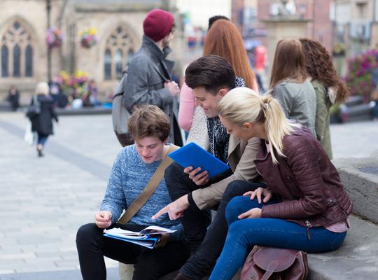 Le programme Erasmus+ doit être étendu